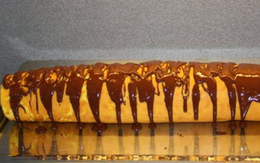 Retete Culinare - Rulada cu crema de cacao