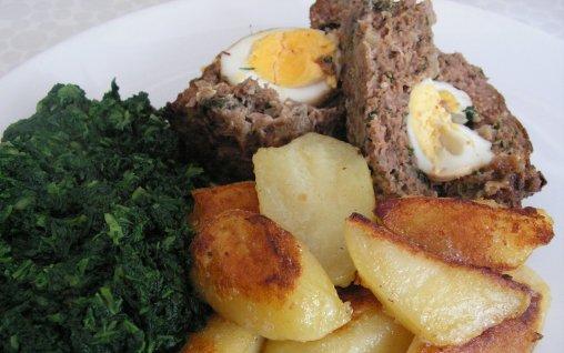 Retete Culinare - Rulada de carne tocata cu ou