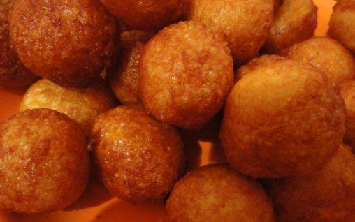 Retete Culinare - Bulete de cascaval