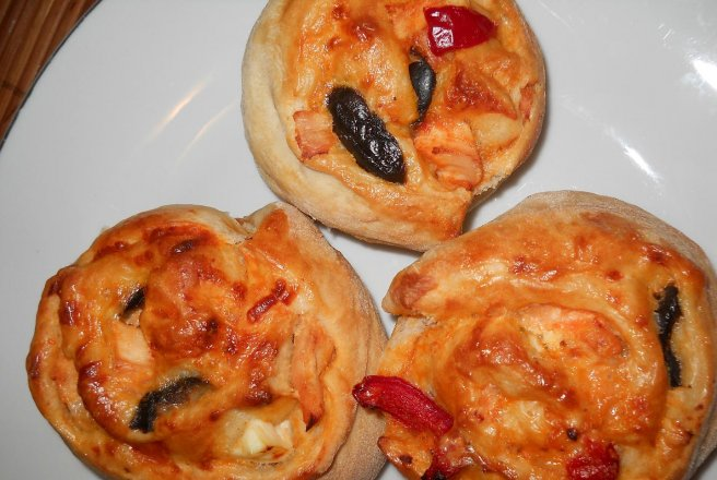 Retete Culinare - Mini pizza