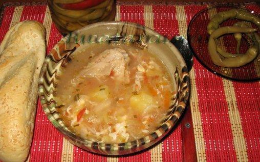 Retete Culinare - Ciorba taraneasca de gaina
