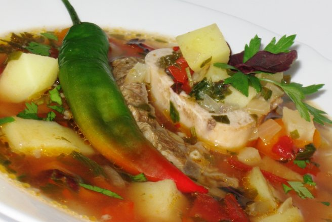 Retete Culinare - Ciorba cu rasol de vita