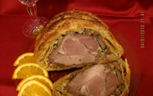 Retete Culinare - Ceafa de porc in foietaj