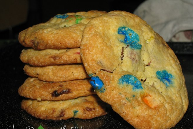 White&Milk Chocolate and M&M's Cookies