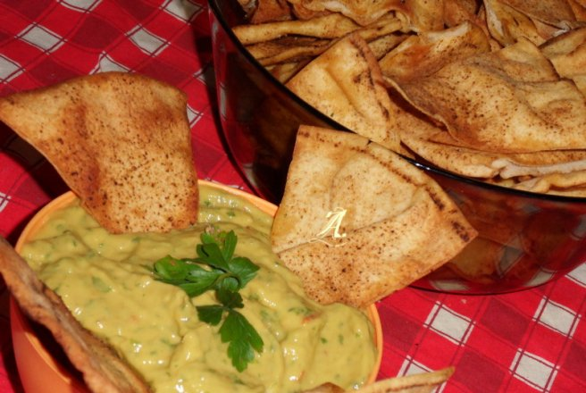 Home made chips / guacamole