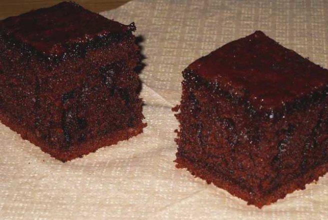 Negresa cu bucati de ciocolata reteta