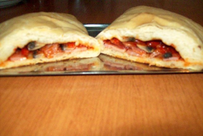 "Pizza""Calzone"""
