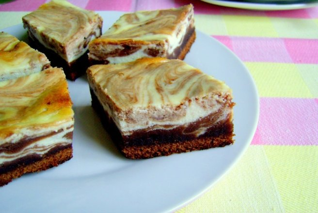 Cheesecake Brownies - Negresa cu branza