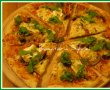 Pizza trois fromages cu ruccola-2