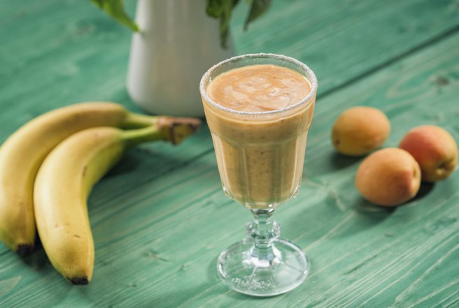 Smoothie cu Caise si Banane