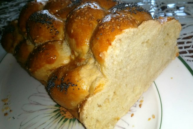 Colac impletit in 6 - Challah