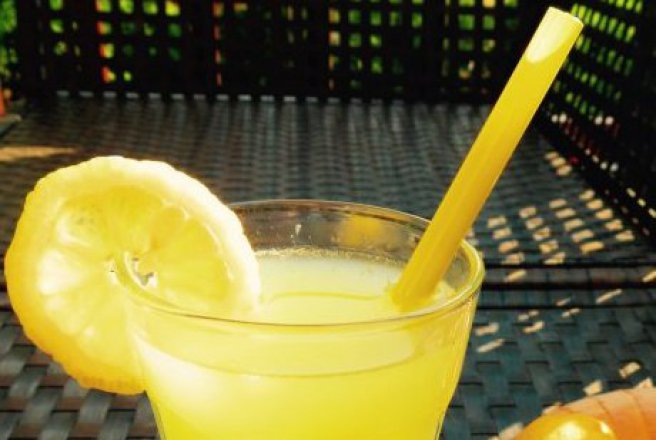 Limonada cu ghimbir si lamaie