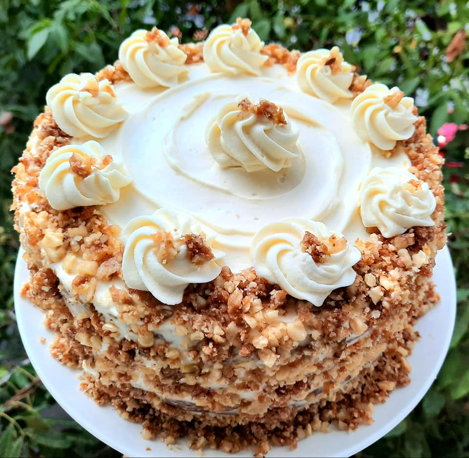 Desert Carrot cake (tort morcovi)