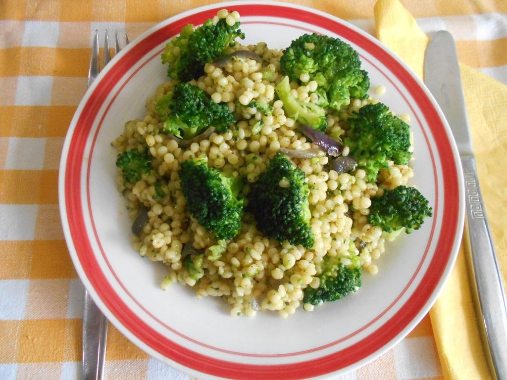 Cus-cus cu broccoli si ras-el-hanout