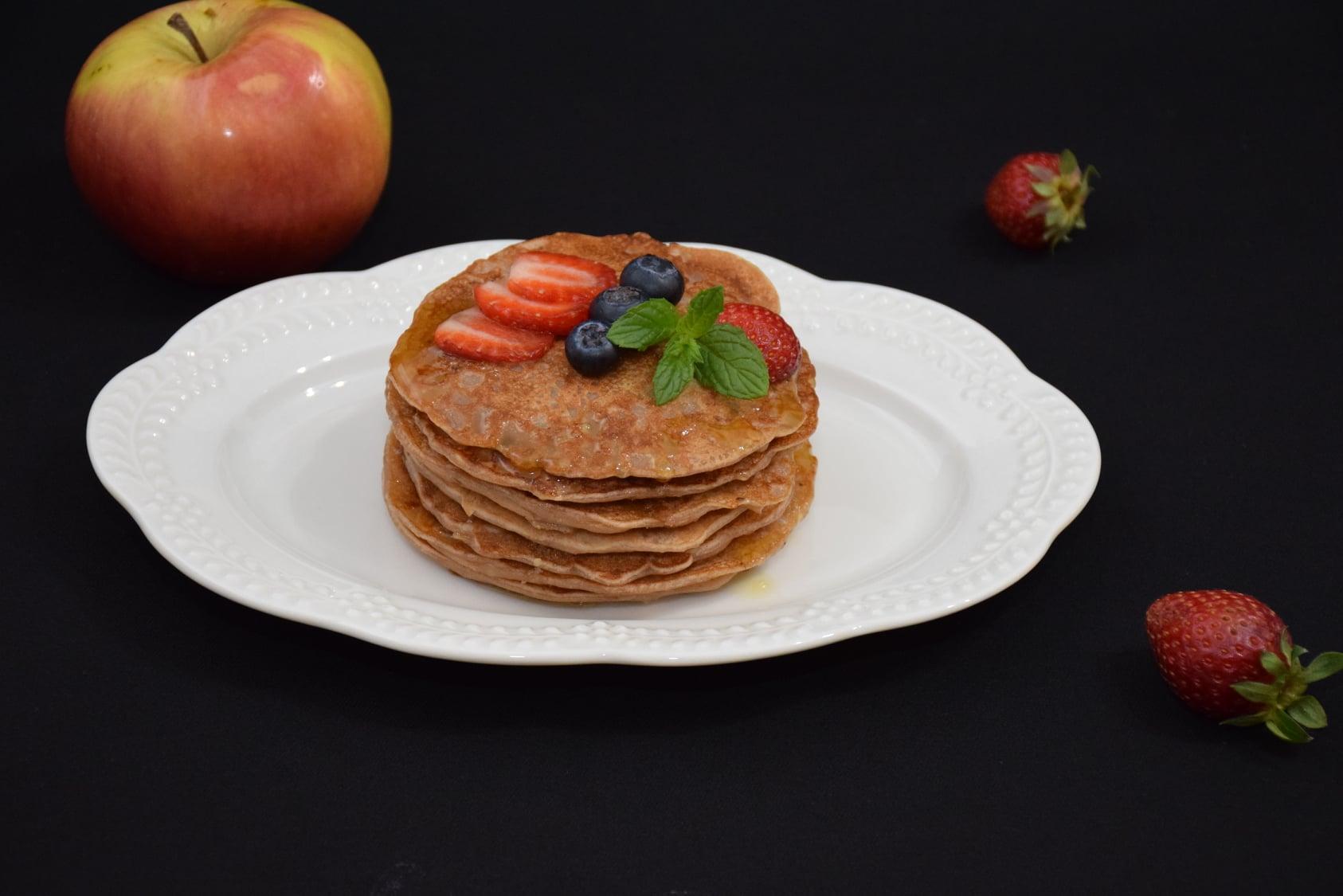 Pancakes cu mere (de post)