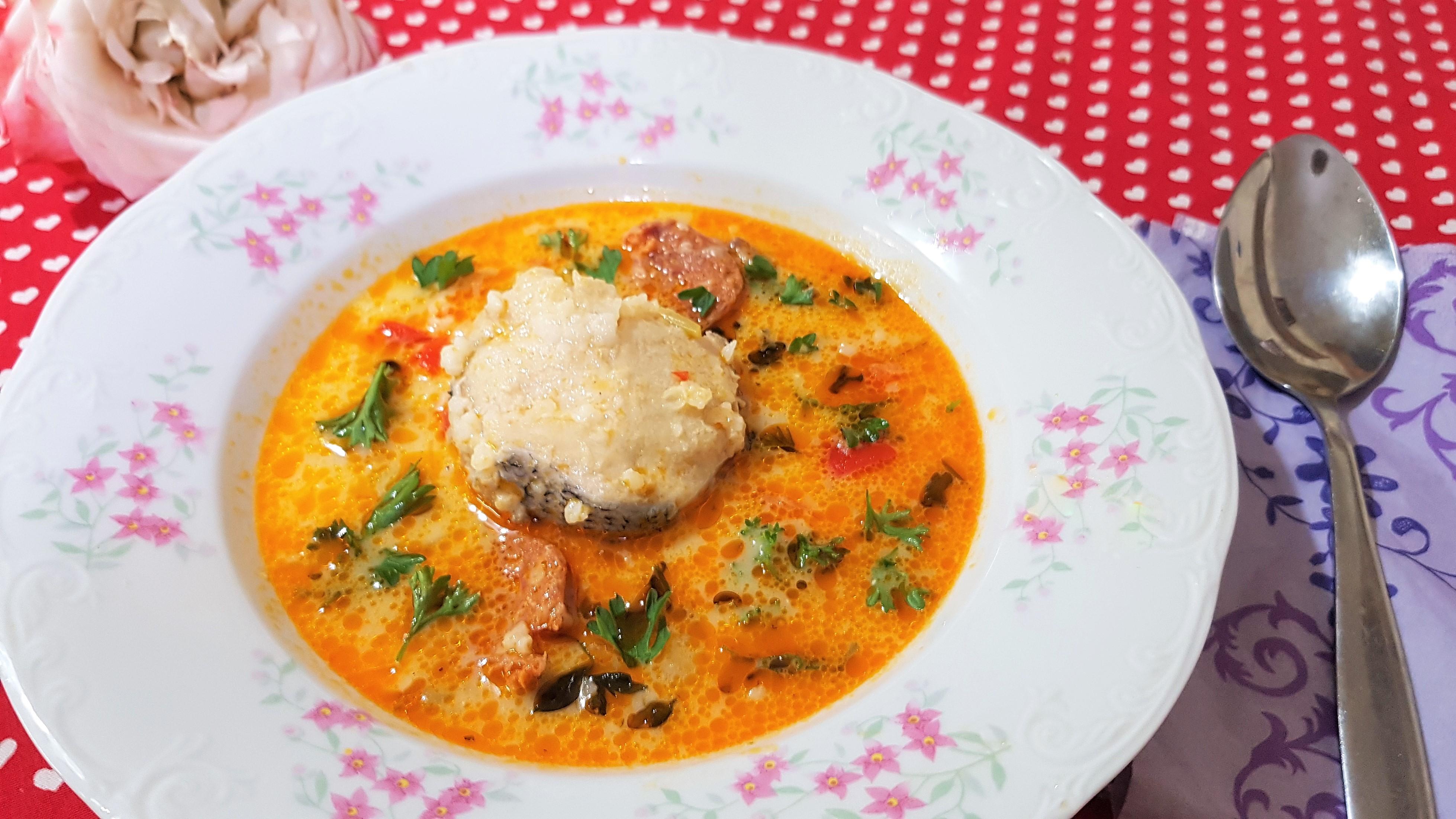 Supa de salau cu chorizo