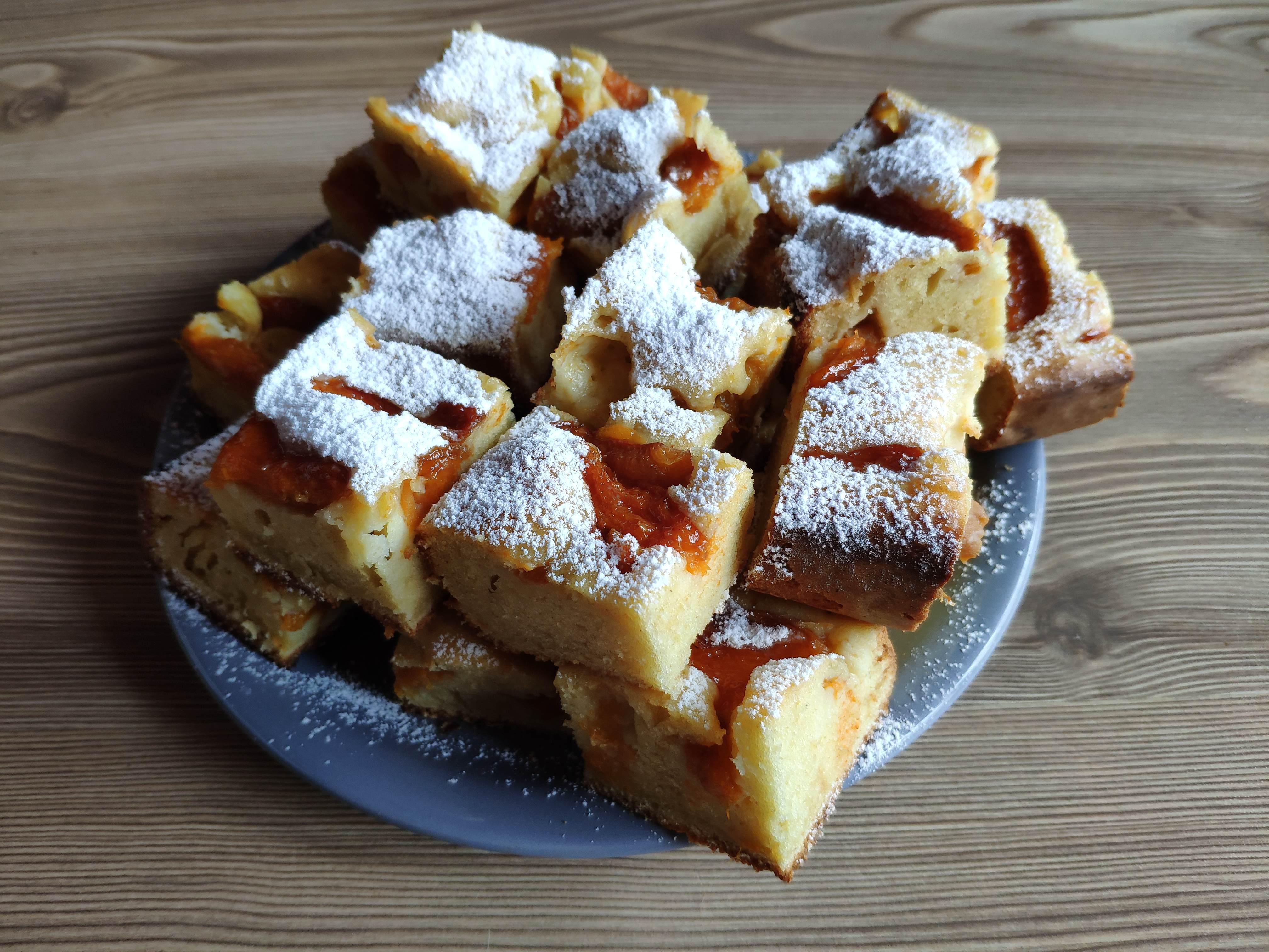 Desert prajitura cu caise