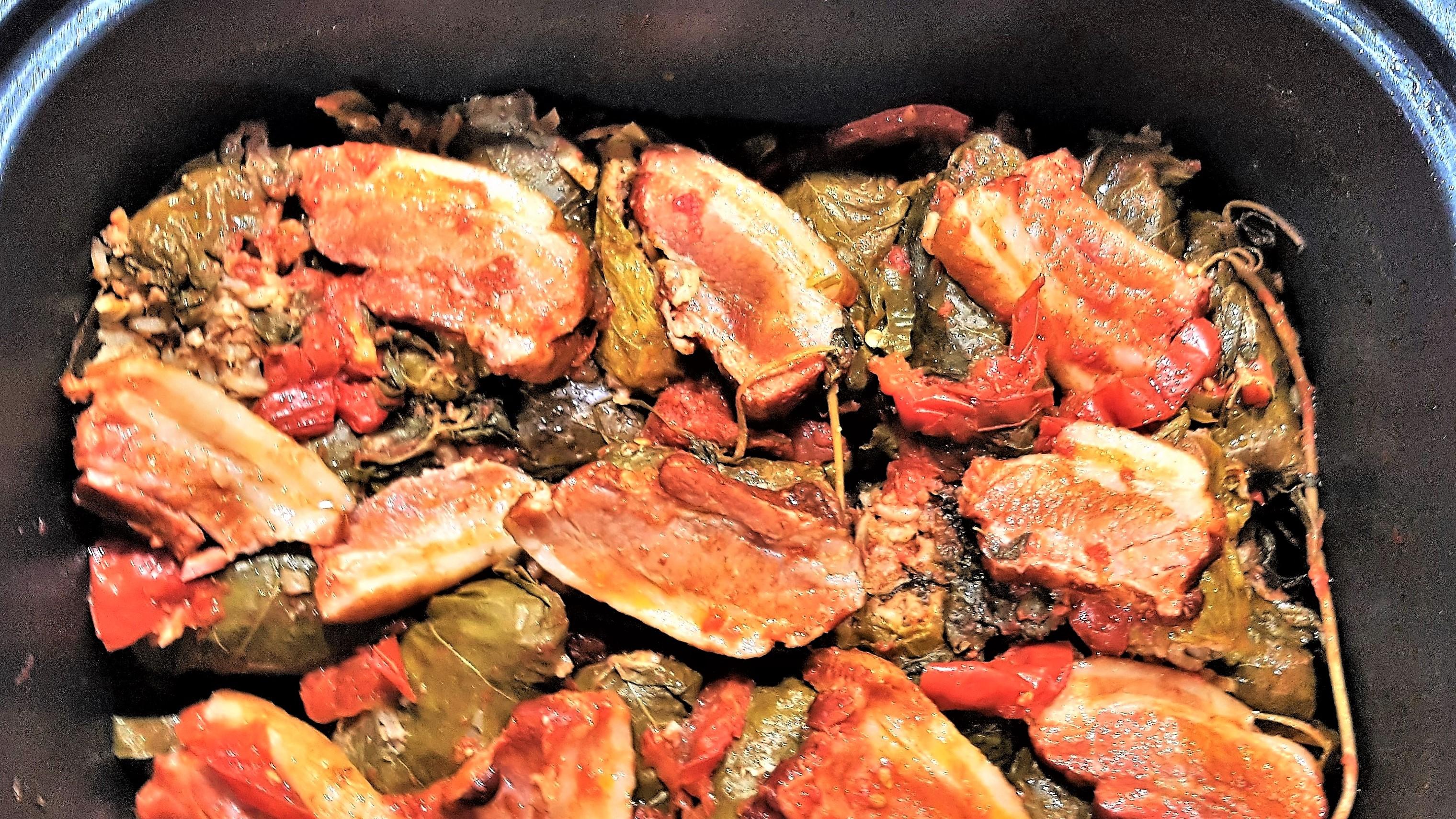 Sarmale in frunze de vita de vie, la multicooker Crock-Pot cu gatire sub presiune